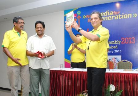 """Mr Alvito DeSouza releasing the book """"Early Christians of 21st century""""."""