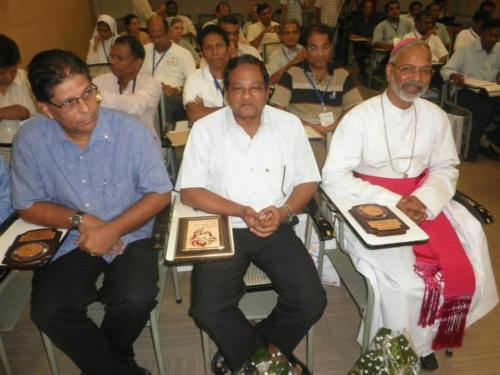 Bishop Savio with past and present Mumbai Salesian provincials.