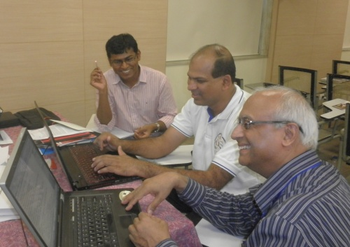 L to R L: Frs Thathi, Railan and CM Paul drafting the statement.